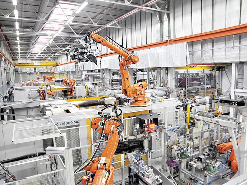 Os robôs e a indústria do plástico