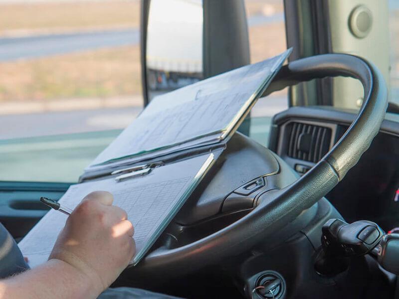 Procure fornecedores com sistemas de logística própria!
