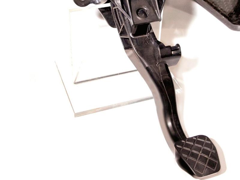 Pode ser feito com injeção de termoplásticos #1: pedais de veículos