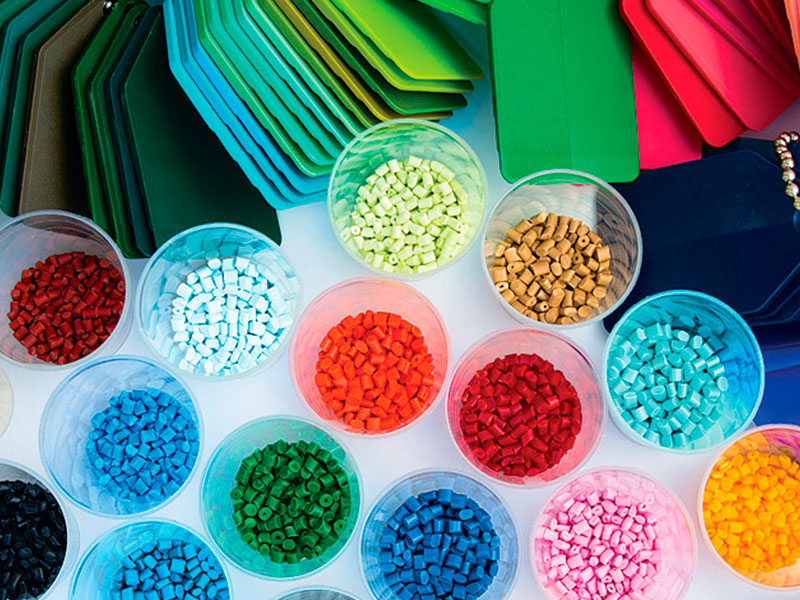 Estoque e plástico – Uma combinação histórica e futurista