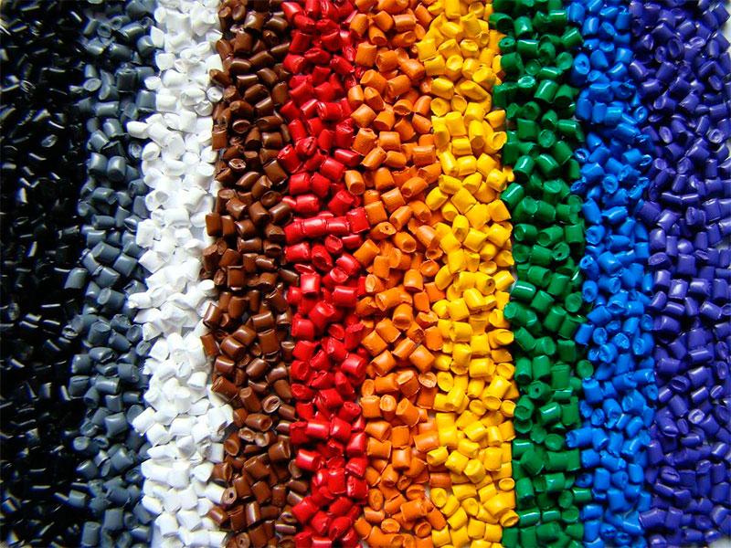 Como garantir a qualidade das peças produzidas por extrusão?