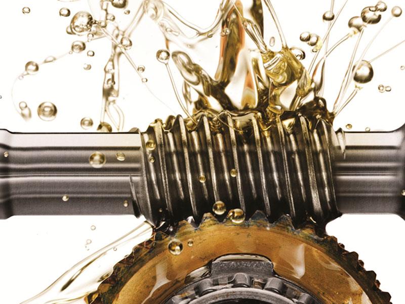 Veja como adotar um sistema de lubrificação adequado para a indústria do plástico