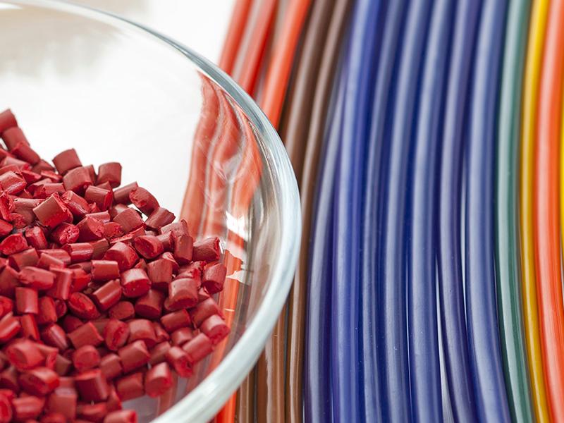 O que considerar para evitar problemas na coloração de termoplásticos?