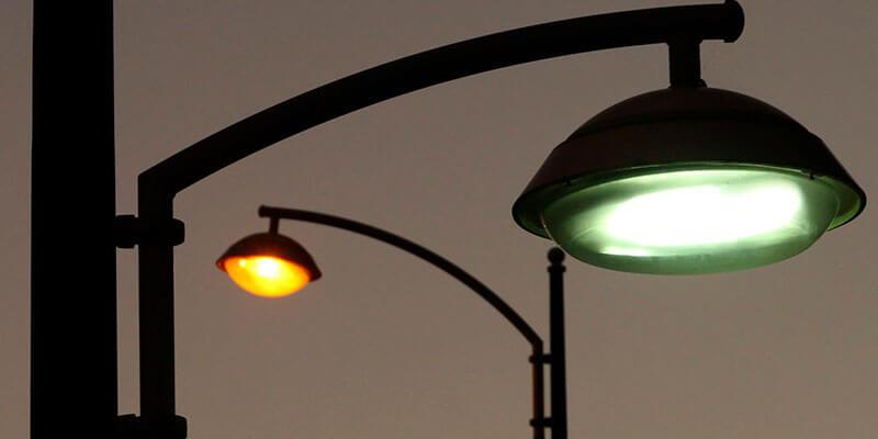 O plástico pode ser usado até mesmo em postes de luz!